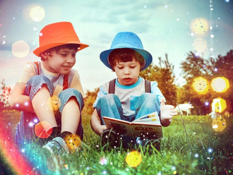 Enseña a leer a los niños pequeños en casa de la mejor manera