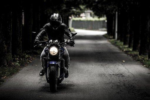 Las 10 razones por la que debo adquirir un seguro de moto